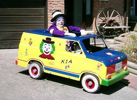 Click image for larger version  Name:clown-car.jpg Views:77 Size:38.2 KB ID:60095