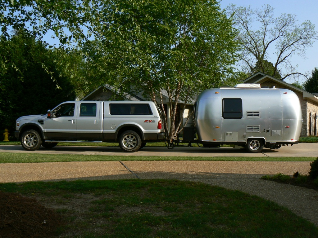 Click image for larger version  Name:Truck and Airstream.JPG Views:90 Size:376.3 KB ID:60469