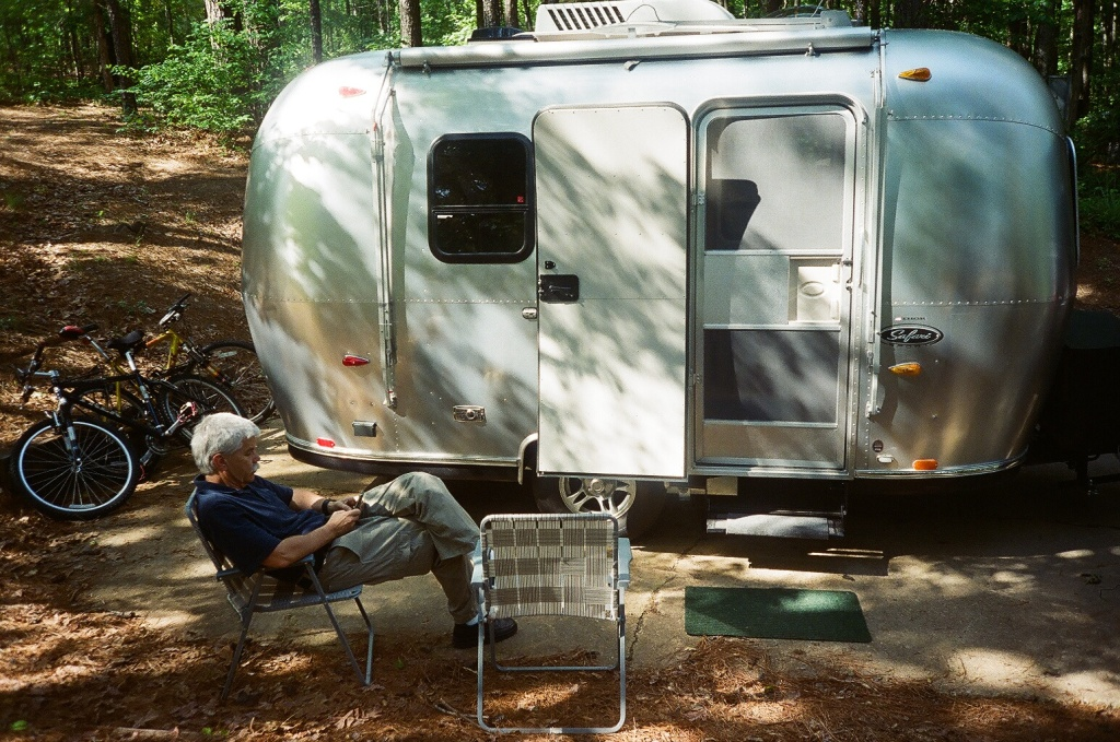 Click image for larger version  Name:JD and Safari at Roosevelt Campsite.jpg Views:88 Size:362.2 KB ID:60476