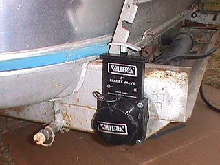 Click image for larger version  Name:airstream dump valve 2.jpg Views:479 Size:54.1 KB ID:606