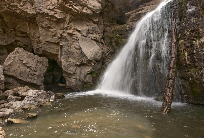 Click image for larger version  Name:Jemez Falls 1 web.jpg Views:44 Size:396.0 KB ID:60696