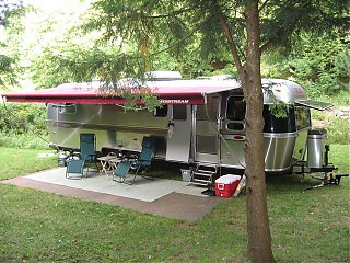 Click image for larger version  Name:Airstream At Penn Wood 14.jpg Views:112 Size:277.9 KB ID:60727