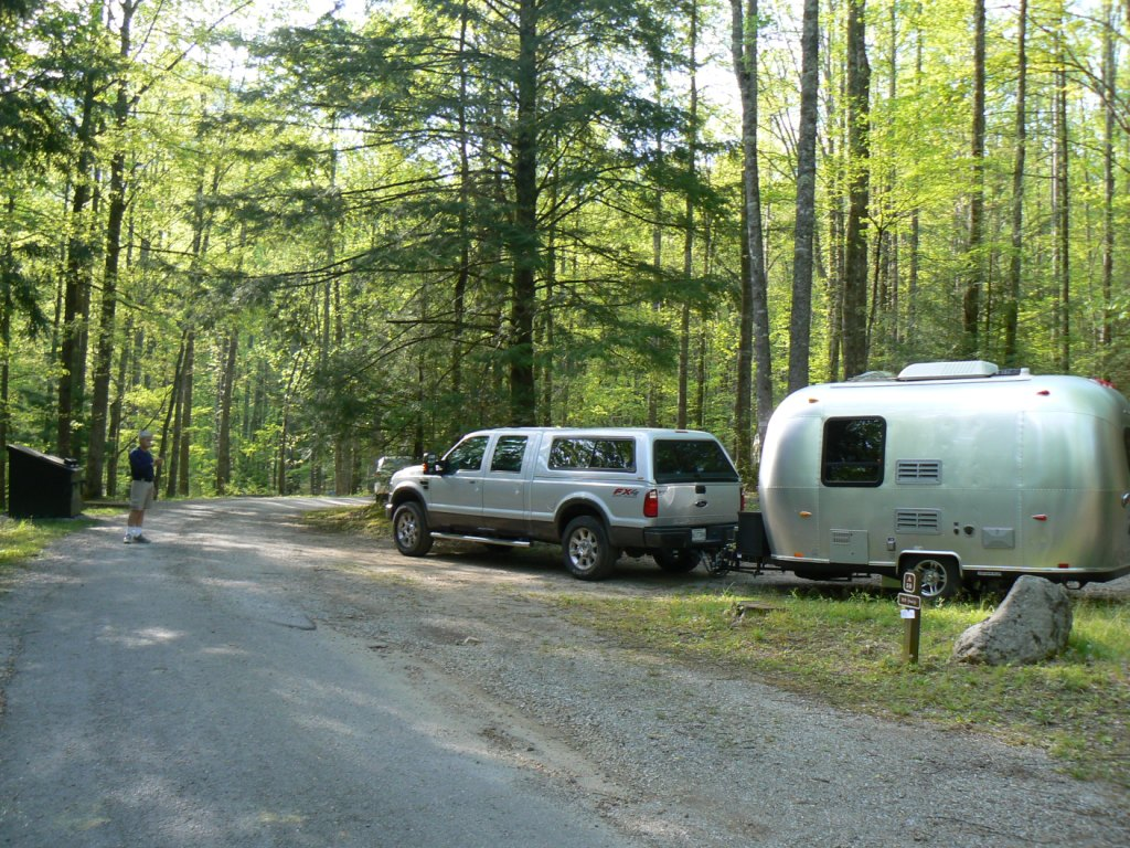 Click image for larger version  Name:checking site at Smokies.JPG Views:85 Size:268.2 KB ID:60777