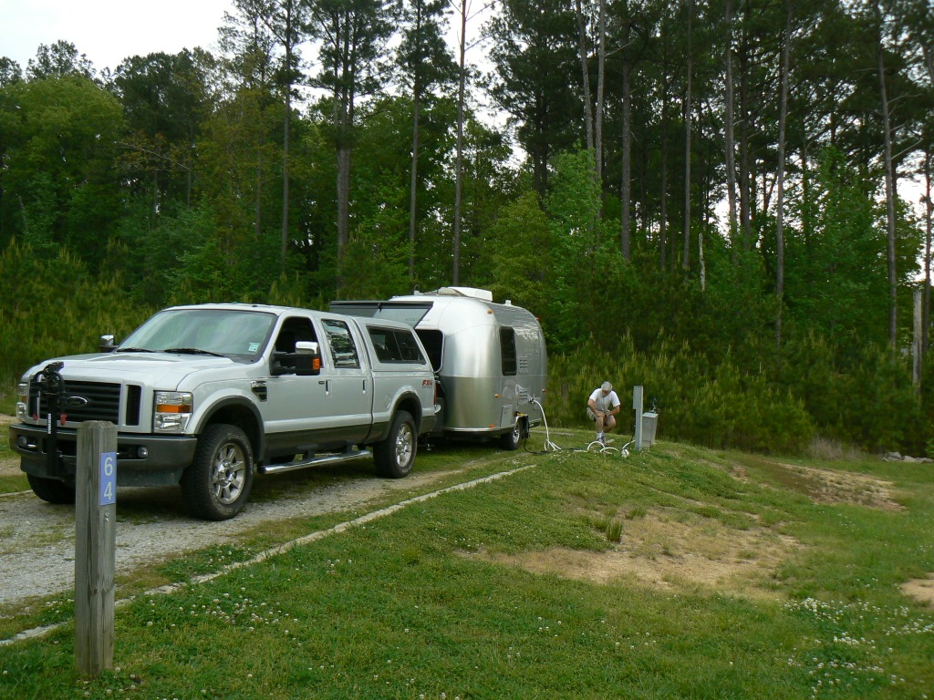 Click image for larger version  Name:Natchez Trace TN campsite.JPG Views:86 Size:349.9 KB ID:60818