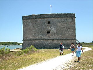 Click image for larger version  Name:St.Augustine 041.JPG Views:102 Size:66.0 KB ID:61684