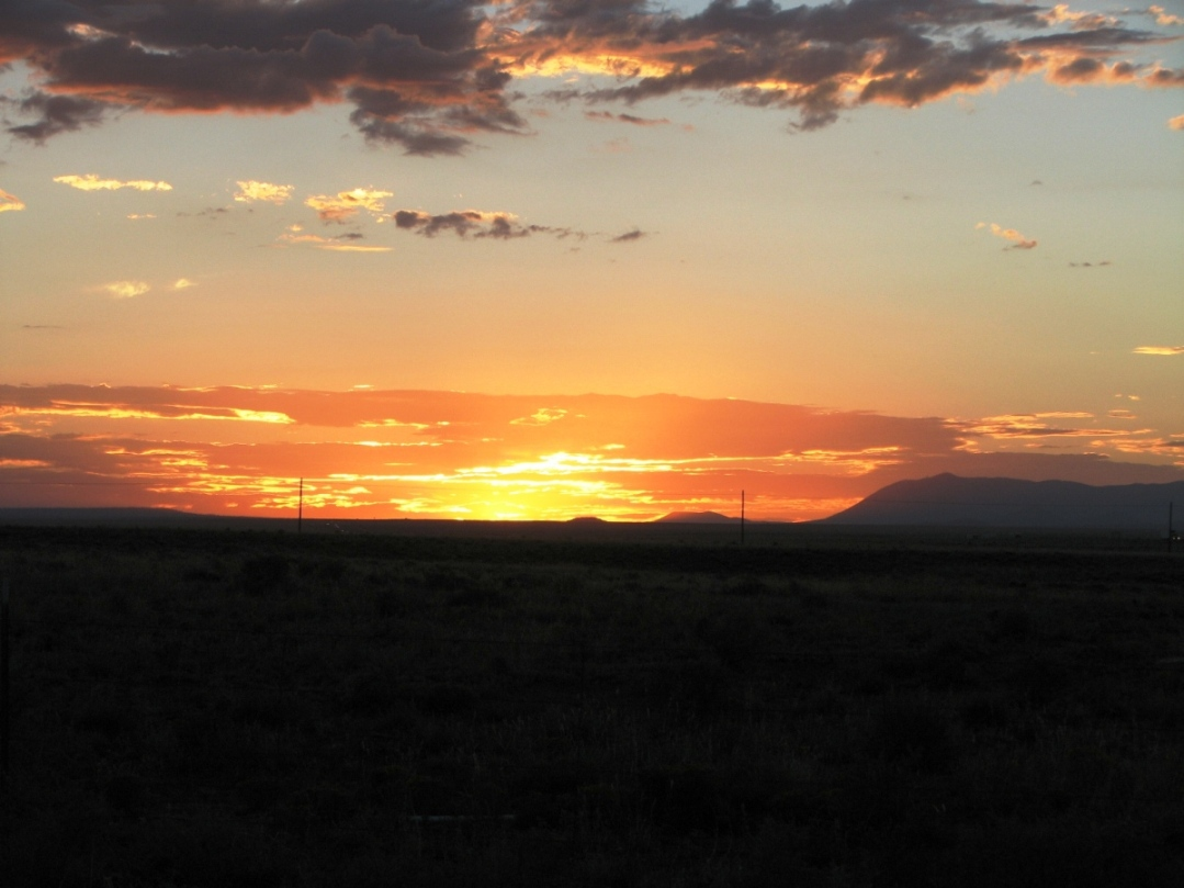 Click image for larger version  Name:sunset.jpg Views:89 Size:241.2 KB ID:62025