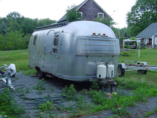 Click image for larger version  Name:Airstream at home.jpg 001.jpg Views:135 Size:60.8 KB ID:62457