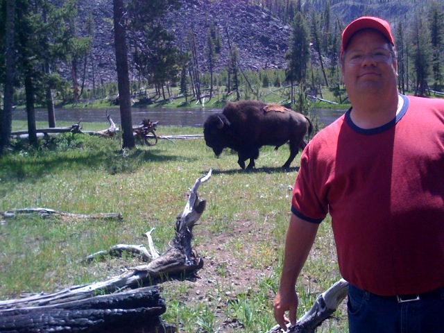 Click image for larger version  Name:tim_yellowstone.jpg Views:52 Size:137.5 KB ID:63013