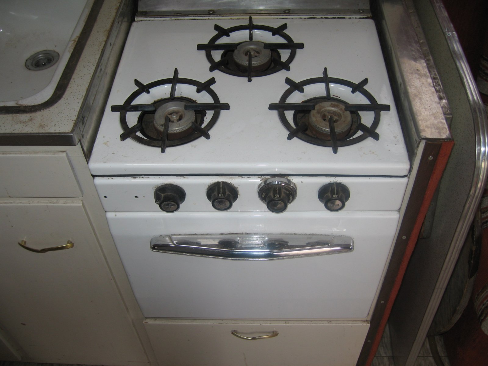 Click image for larger version  Name:Oven.jpg Views:162 Size:200.4 KB ID:63315