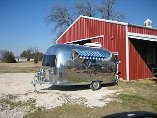 Click image for larger version  Name:Craigs Airstream 001.jpg Views:109 Size:71.5 KB ID:63402