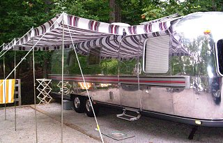 Click image for larger version  Name:awning 3.jpg Views:622 Size:418.4 KB ID:63462