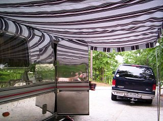 Click image for larger version  Name:awning 4.jpg Views:146 Size:81.3 KB ID:63463