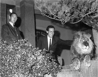 Click image for larger version  Name:Pete, Pee Wee and ***** in Ethiopia at the Palace.jpg Views:111 Size:363.7 KB ID:63511