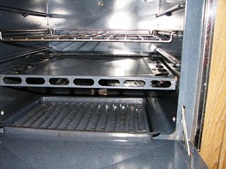 Click image for larger version  Name:oven.jpg Views:109 Size:215.6 KB ID:64065