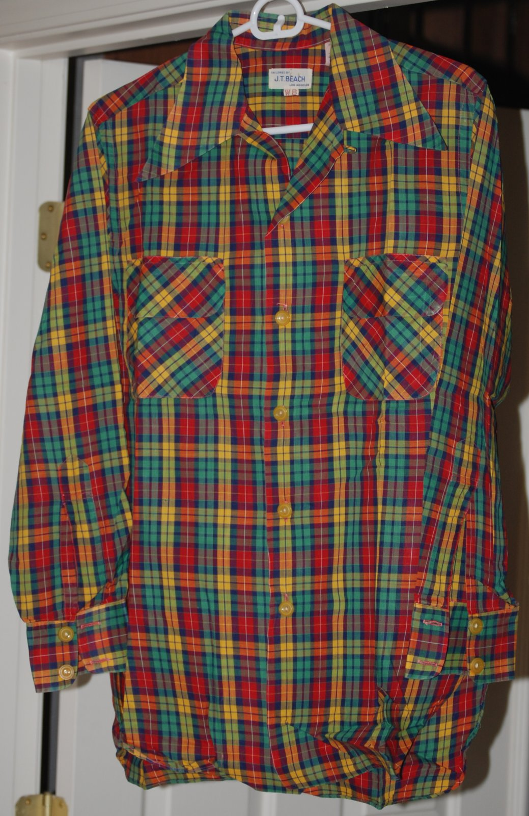 Click image for larger version  Name:DSC_2582 wally's shirt.jpg Views:83 Size:329.4 KB ID:64194
