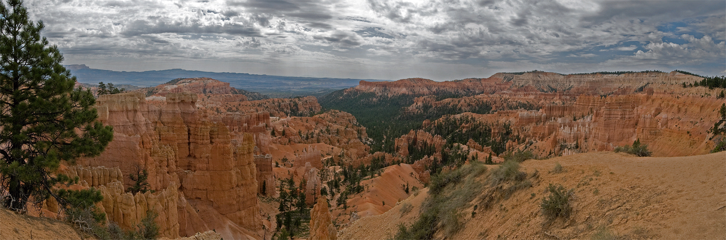 Click image for larger version  Name:Sunset Point pano v2 web.jpg Views:79 Size:722.7 KB ID:64938