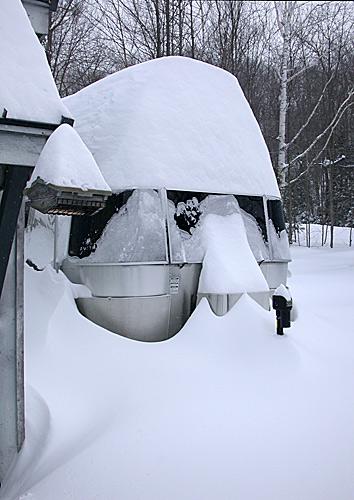 Click image for larger version  Name:snow3.jpg Views:97 Size:72.3 KB ID:65587