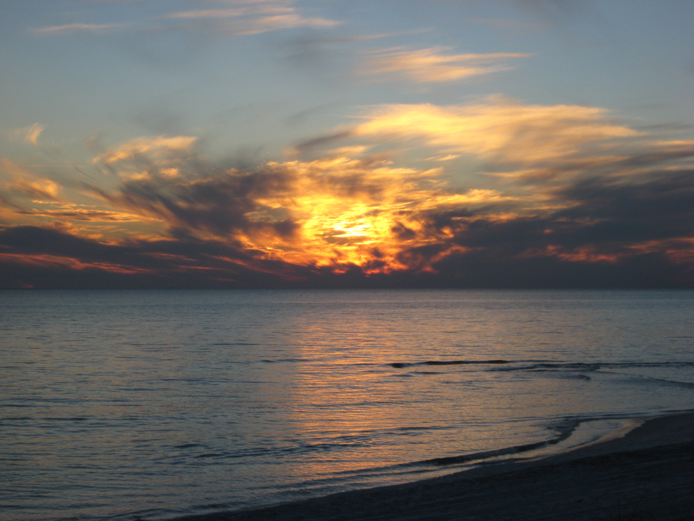 Click image for larger version  Name:last_sunset2.jpg Views:102 Size:520.5 KB ID:65588