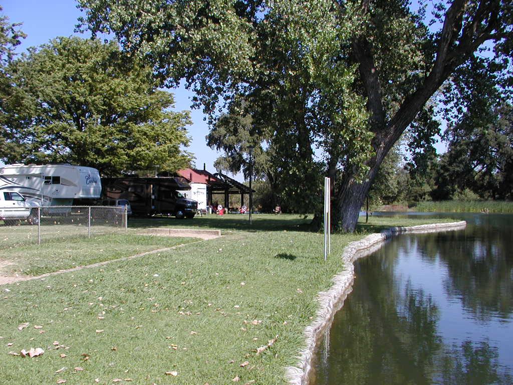 Click image for larger version  Name:Lodi Lake 003.jpg Views:73 Size:168.7 KB ID:65820