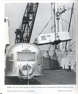 Click image for larger version  Name:AWC - Unloading Airstreams scan0015.jpg Views:138 Size:302.3 KB ID:65854
