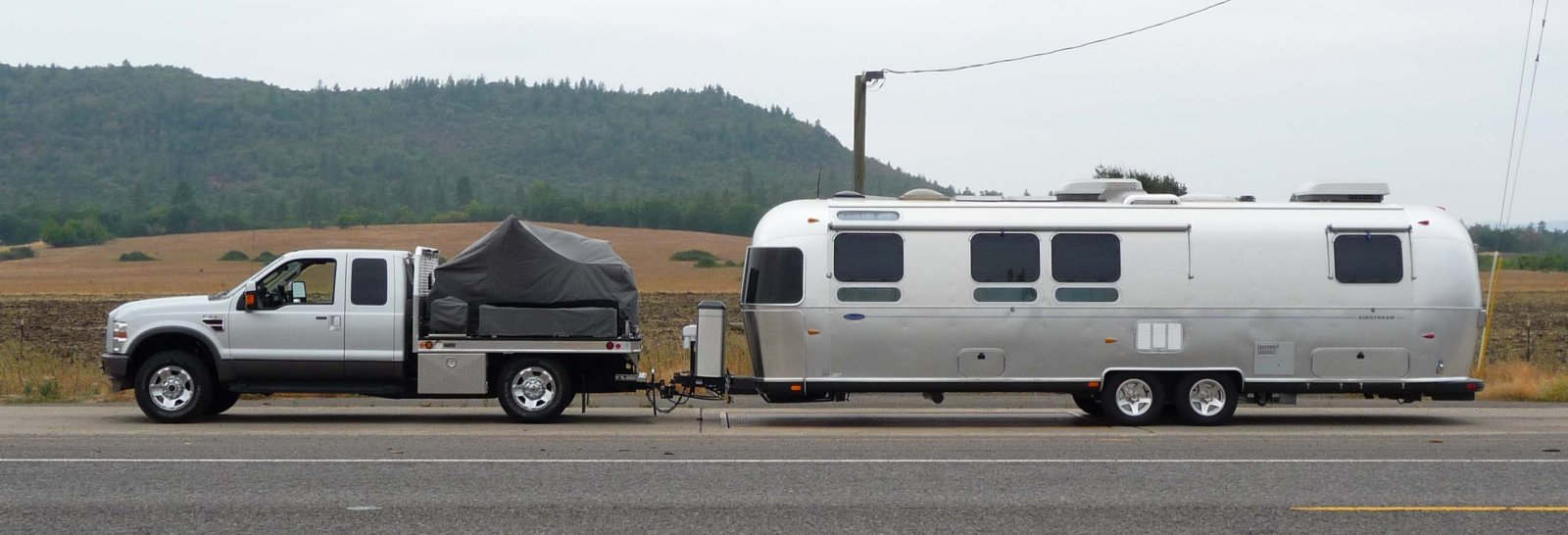 Click image for larger version  Name:Truck and Trailer 8-19-08.jpg Views:123 Size:132.9 KB ID:65960