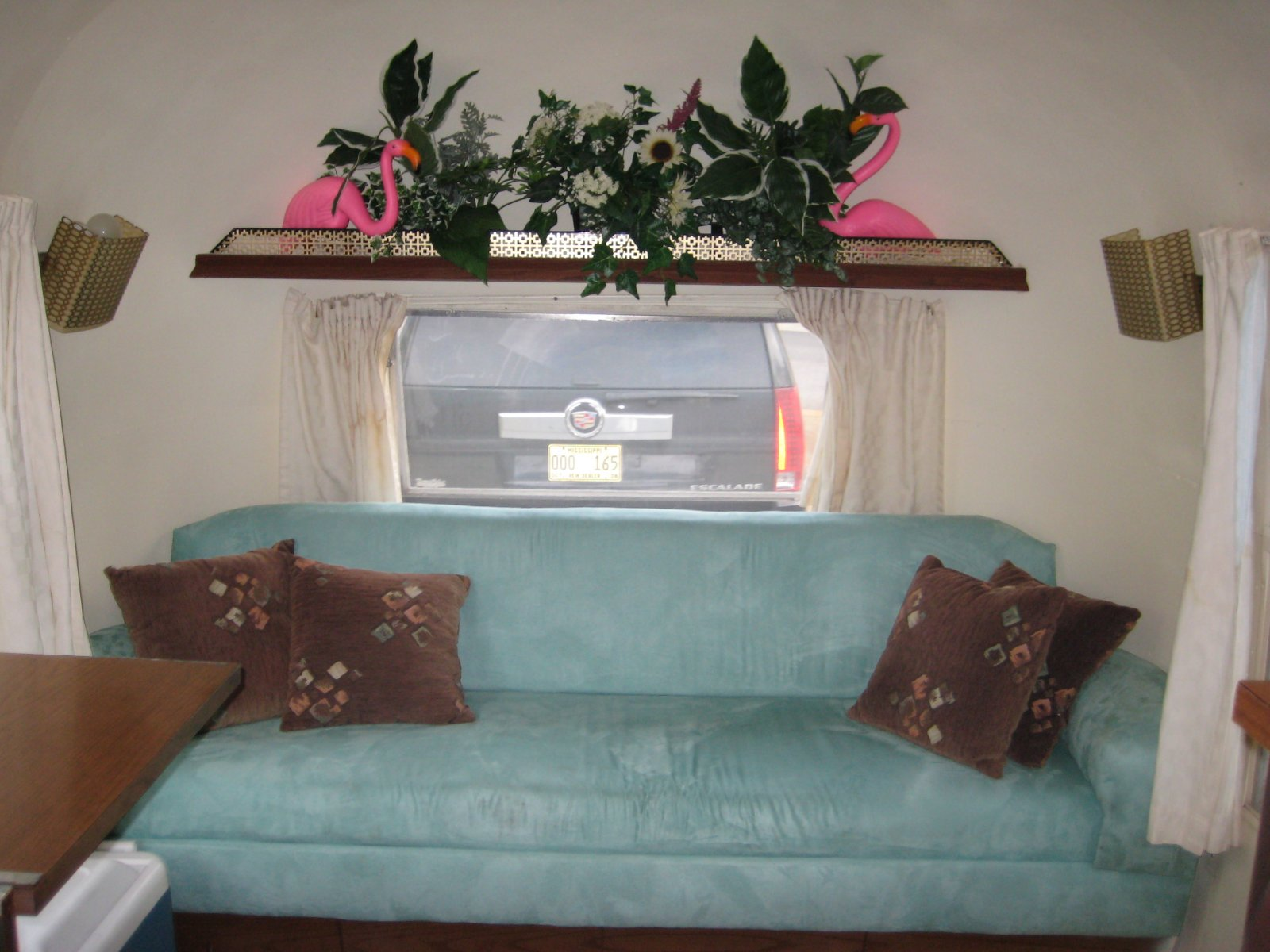 Click image for larger version  Name:Living Room.jpg Views:115 Size:211.4 KB ID:65995