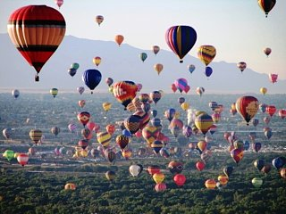 Click image for larger version  Name:balloons1.jpg Views:86 Size:216.2 KB ID:66813