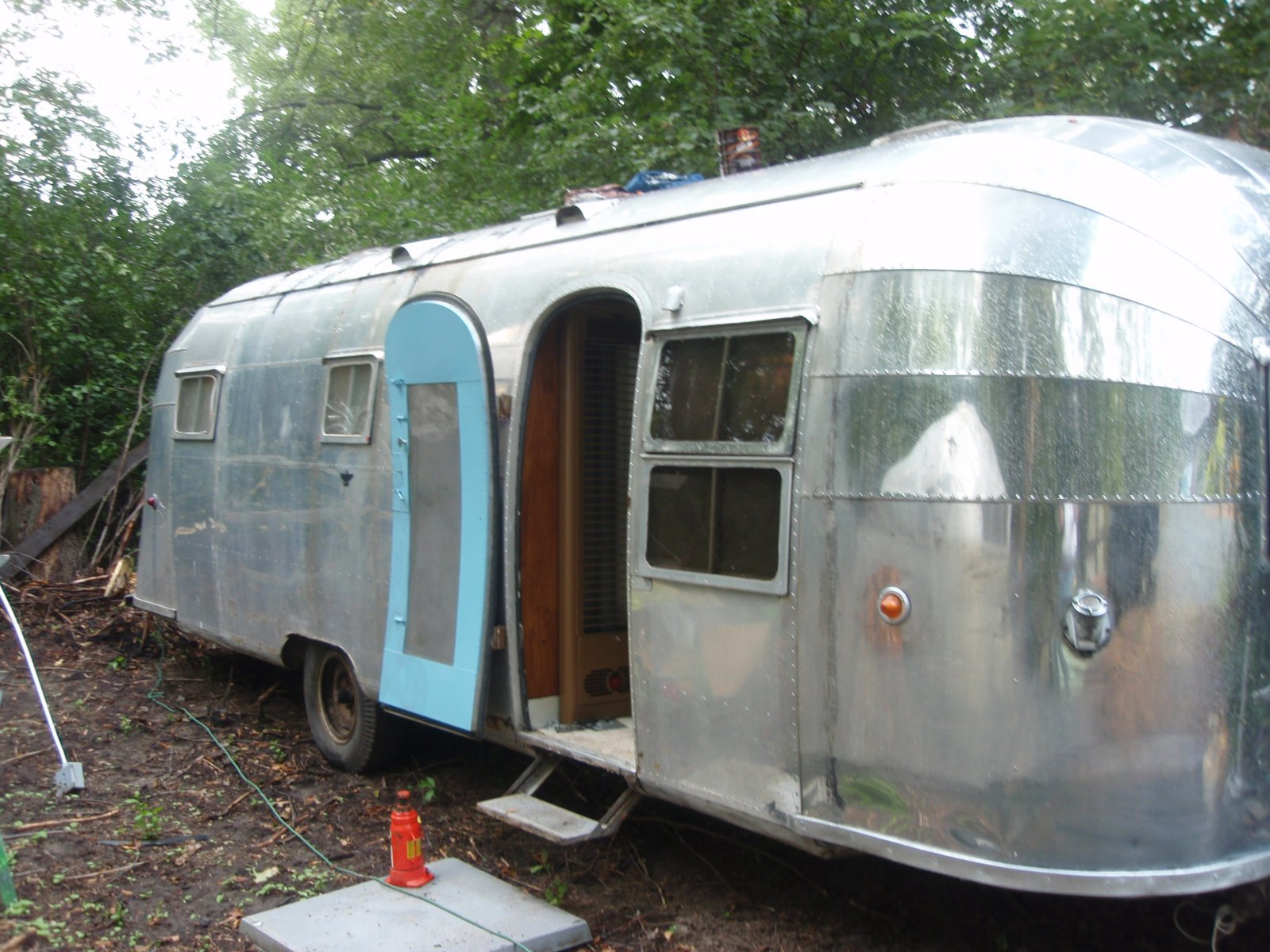 Click image for larger version  Name:airstream 1954 cruiser 001.jpg Views:384 Size:312.4 KB ID:67319