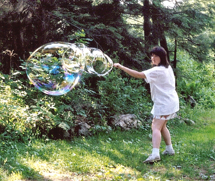 Click image for larger version  Name:Bubble heaven.jpg Views:108 Size:450.7 KB ID:67721