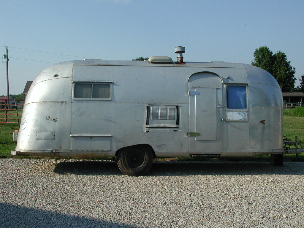 Click image for larger version  Name:airstream 010.jpg Views:96 Size:292.3 KB ID:68284