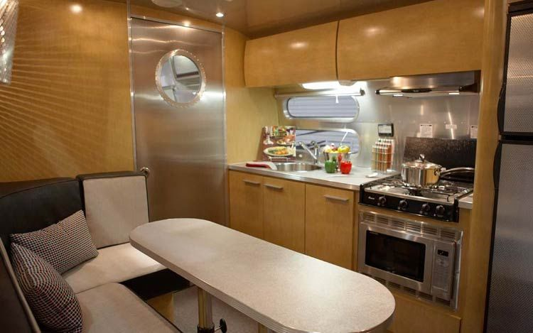 Click image for larger version  Name:airstream-panamerican-trailer-interior.jpg Views:392 Size:49.4 KB ID:68492
