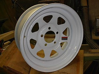 Click image for larger version  Name:White Wheel.jpg Views:86 Size:79.1 KB ID:68774