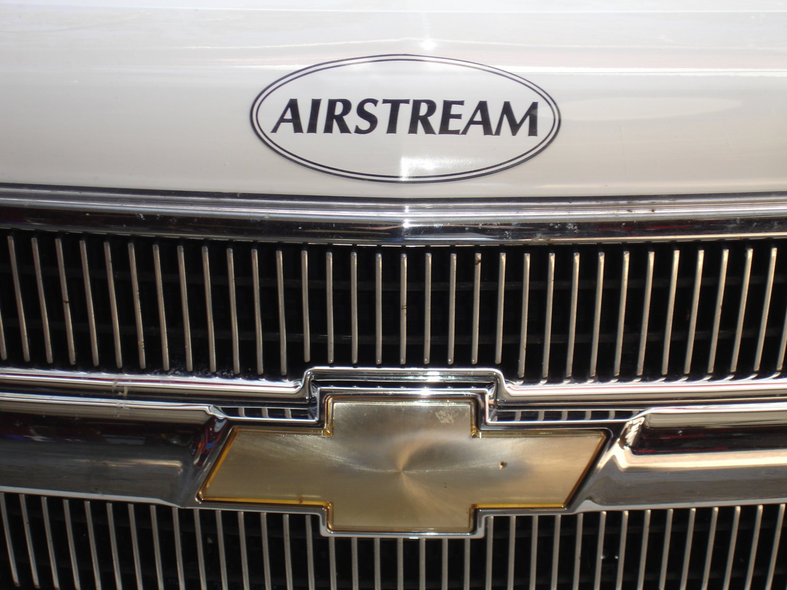 Click image for larger version  Name:AIRSTREAM STICKERS & MAGNETS 006.jpg Views:79 Size:253.0 KB ID:68855