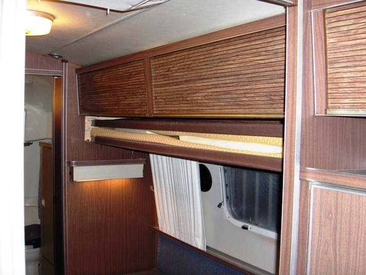 Click image for larger version  Name:Airstream Bunks 004.JPG Views:188 Size:115.5 KB ID:69089