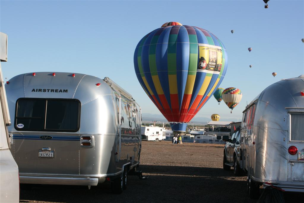Click image for larger version  Name:2008 Balloon Fiesta 227 (Large).jpg Views:77 Size:81.6 KB ID:69139