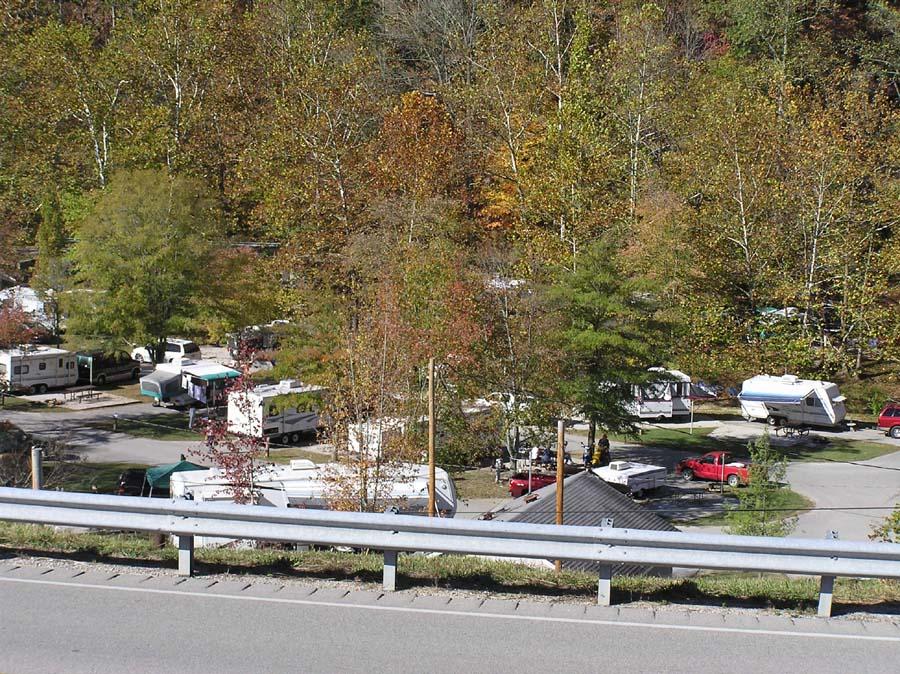 Click image for larger version  Name:natbridge_camp1.jpg Views:89 Size:223.0 KB ID:69256
