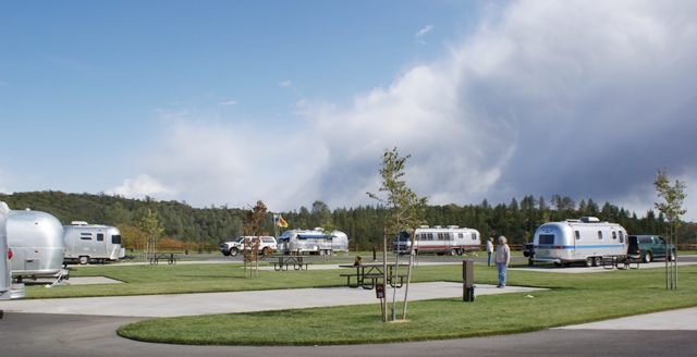 Click image for larger version  Name:NorCal Airstream Rally. Jackson Rancheria - Oct 8 - 14, 2008 071.jpg Views:87 Size:101.9 KB ID:69414