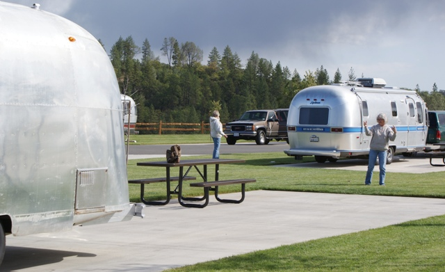 Click image for larger version  Name:NorCal Airstream Rally. Jackson Rancheria - Oct 8 - 14, 2008 073.jpg Views:81 Size:125.9 KB ID:69416