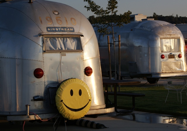 Click image for larger version  Name:NorCal Airstream Rally. Jackson Rancheria - Oct 8 - 14, 2008 109.jpg Views:68 Size:133.1 KB ID:69557