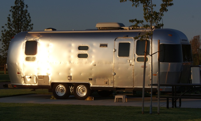 Click image for larger version  Name:NorCal Airstream Rally. Jackson Rancheria - Oct 8 - 14, 2008 110.jpg Views:67 Size:116.1 KB ID:69558