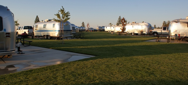 Click image for larger version  Name:NorCal Airstream Rally. Jackson Rancheria - Oct 8 - 14, 2008 116.jpg Views:82 Size:114.5 KB ID:69560