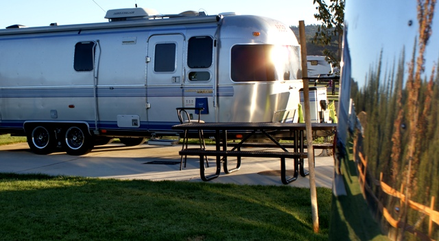 Click image for larger version  Name:NorCal Airstream Rally. Jackson Rancheria - Oct 8 - 14, 2008 266.jpg Views:86 Size:136.7 KB ID:69562