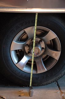 Click image for larger version  Name:Wheel well distance.jpg Views:174 Size:80.7 KB ID:70480