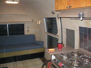 Click image for larger version  Name:airstream 036.jpg Views:94 Size:408.9 KB ID:70947