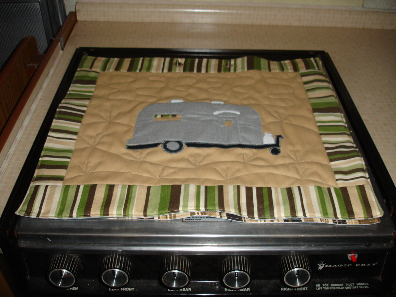 Click image for larger version  Name:Sandy's Stove Protectors 004.jpg Views:72 Size:555.9 KB ID:71270