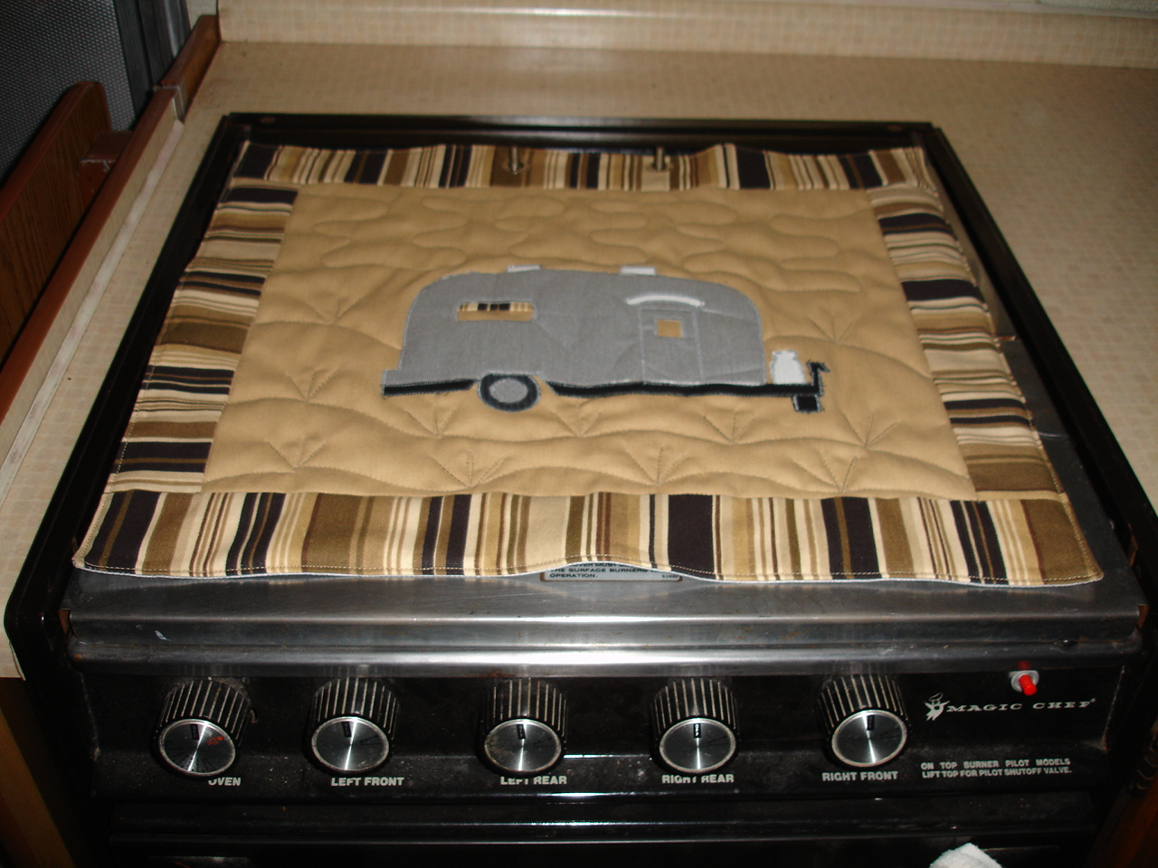 Click image for larger version  Name:Sandy's Stove Protectors 005.jpg Views:58 Size:537.8 KB ID:71271