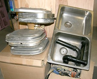 Click image for larger version  Name:IMG_8656 sink and vents.jpg Views:83 Size:176.2 KB ID:71500