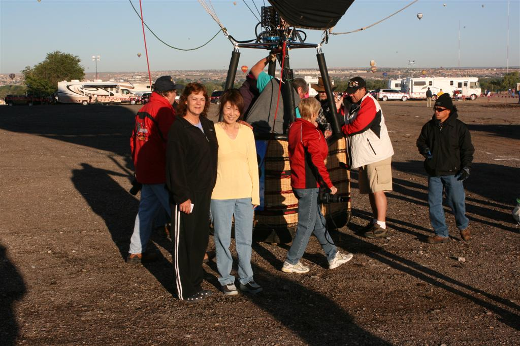 Click image for larger version  Name:2008 Balloon Fiesta 221 (Large).jpg Views:86 Size:135.7 KB ID:71573
