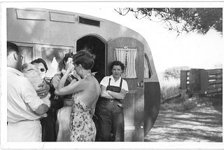 Click image for larger version  Name:Family pictures, artifacts, and Airstream's from the 1930's (4).jpg Views:193 Size:220.1 KB ID:71693