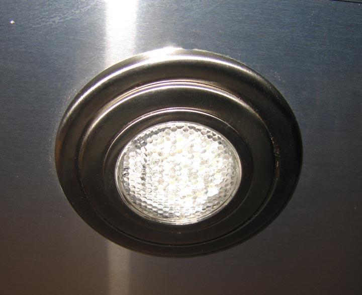 Click image for larger version  Name:LED Bulb (Lens On)_Sm.jpg Views:138 Size:76.6 KB ID:71847